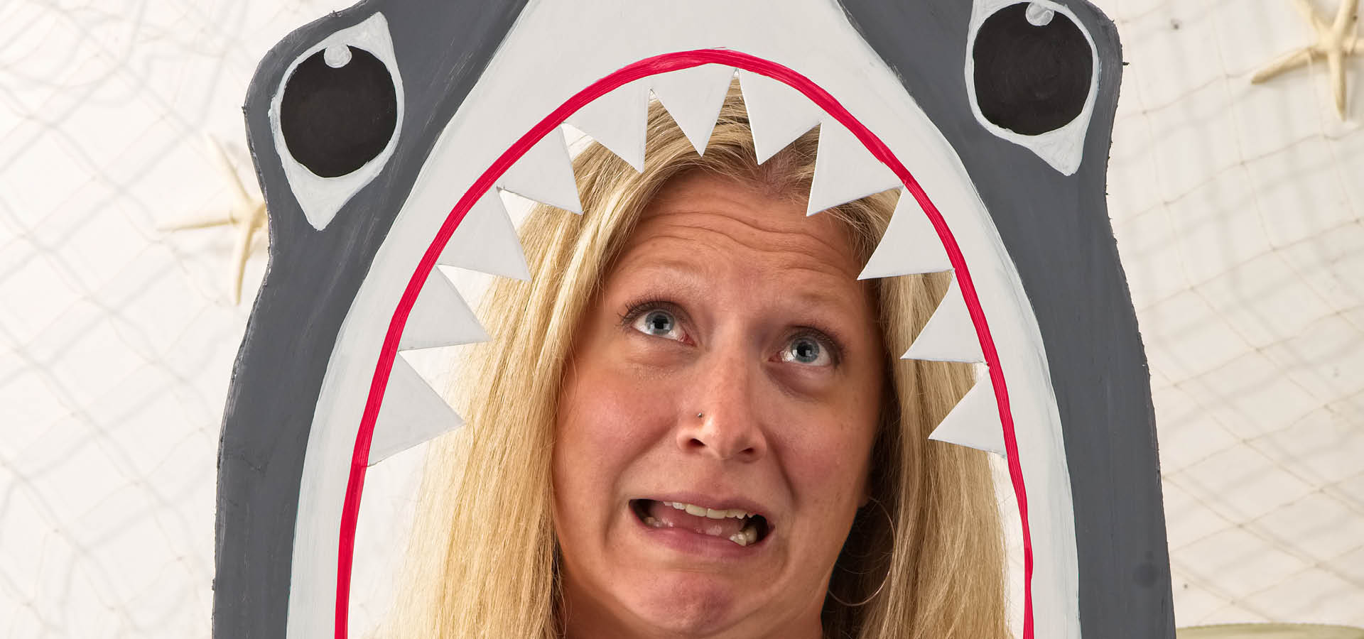 shark-tooth-photo-booth