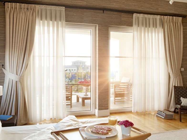 lighting-with-curtains